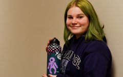North senior adds artistic flare to common Hydroflasks